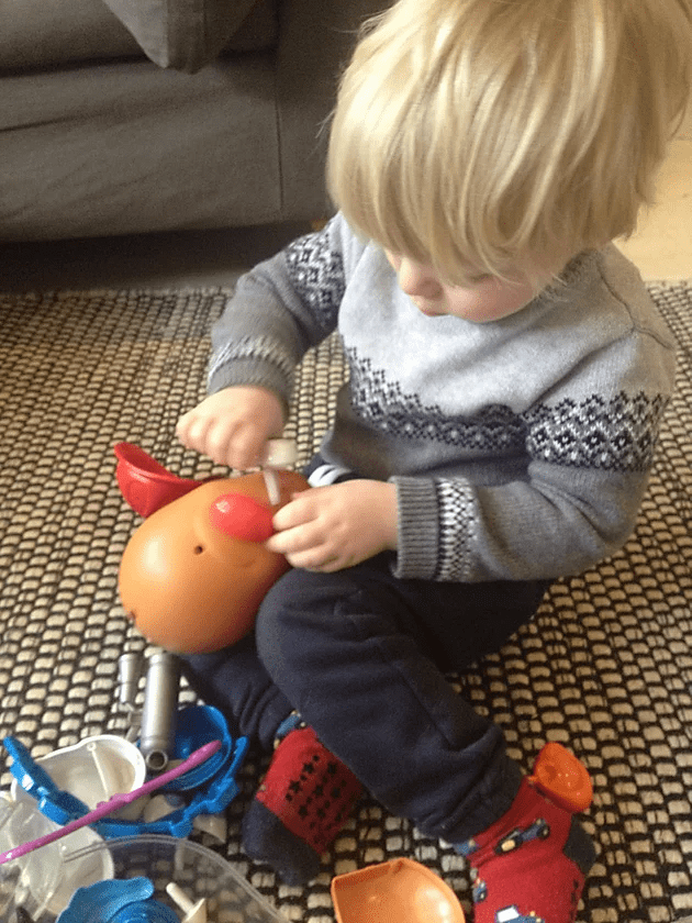 mr potato head, learning, body parts, speech, help me to talk, speech therapy, hertfordshire, bedfordshire